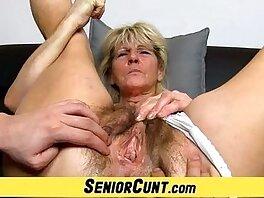closeup-fingering-grandma-hairy