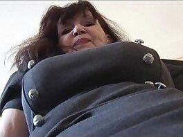 babe-busty-cameltoe-curvy