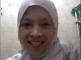arab-lady-mature-mom